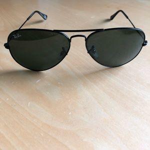 Ray-Ban RB3025 58mm aviator sunglasses black